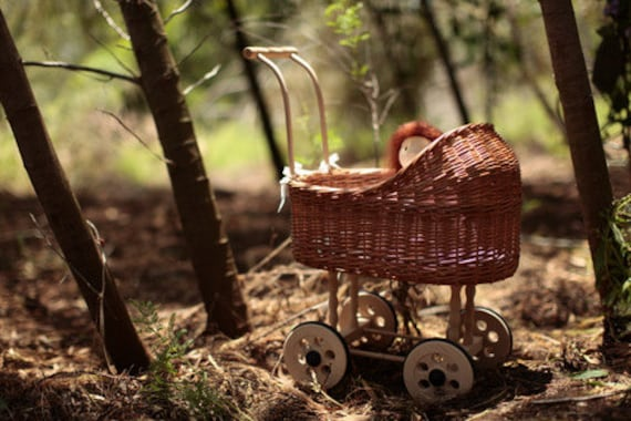Doll stroller in Natural Brown