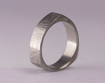 Custom Wedding Ring, Mens ring, Womens ring - Hand forged Stainless Damascus steel Wedding ring - Delta