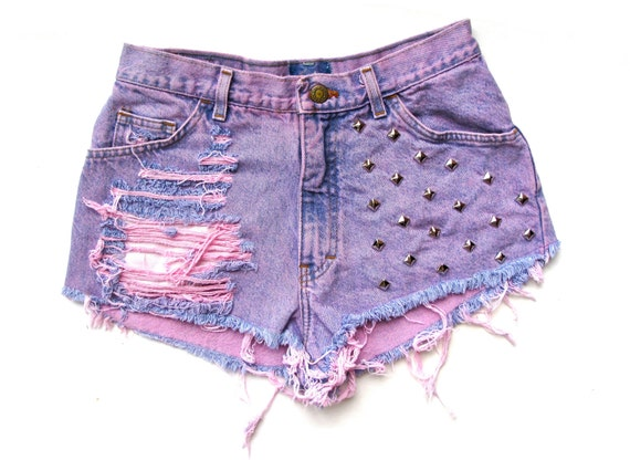 ONE OF A KIND High Waisted/ Light purple / Studded & Destroyed