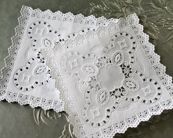 "Square 5"" French Lace Paper Doilies"