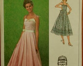 Dress by Gunne Sax -1970's - Simplicity Pattern 9008     Size  (6-8)  Bust 30.5 - 31.5""