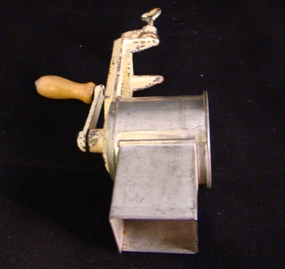 Vintage Crank Cheese Grater : Hand crank cheese grater never goes out by