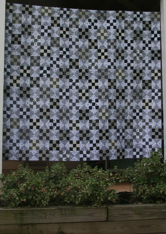 PDF quilt pattern, Dreaming in Black and White, nine patch pattern in five sizes