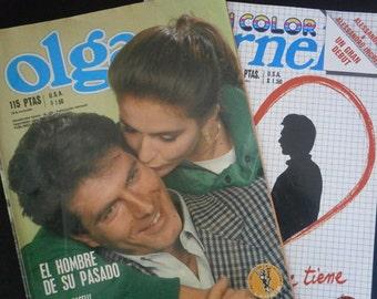 2 Vintage Spanish Love Magazine