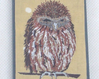 Embroidered owl on oilcloth on plastic iPhone 4 / 4S case