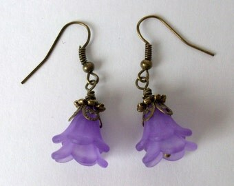 Lavender flower blossom earrings, antiqued bronze, french hook earwires. Great gift.