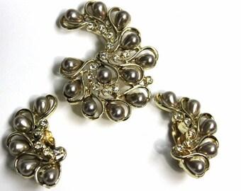 Vintage Brooch and Earrings Rhinestone Set Mad Man Garden Party Rhinestones Pearls Designer