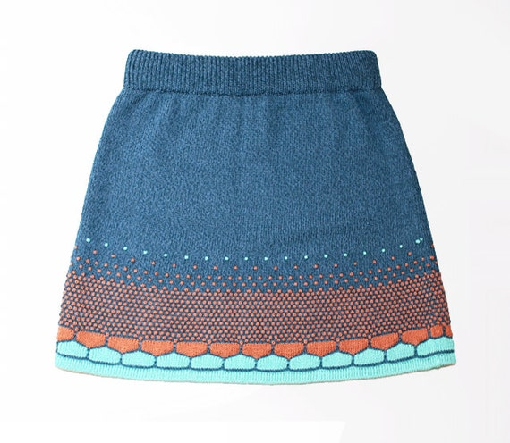 Knitted melon pattern blue short A-line skirt // Hand machine knit // For her
