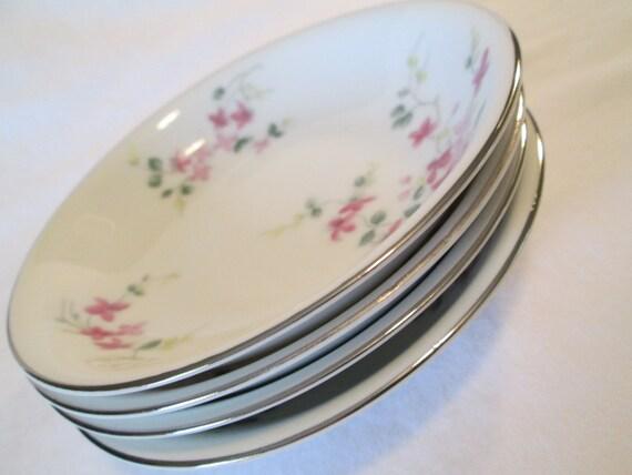 Vintage Hira Fine China Pink Vine 4187 Dessert / Fruit Bowls - Set of 4