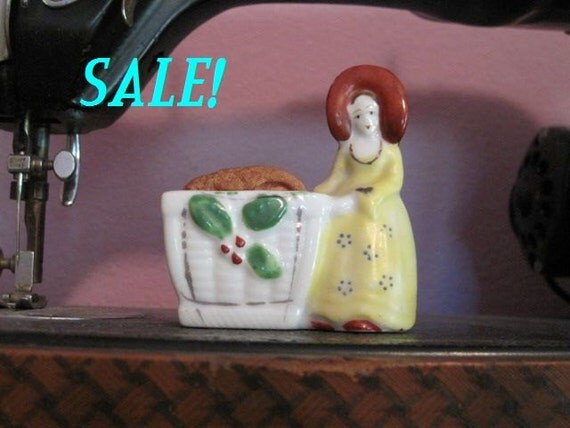 Vintage Ceramic Girl with Hat Pin Cushion