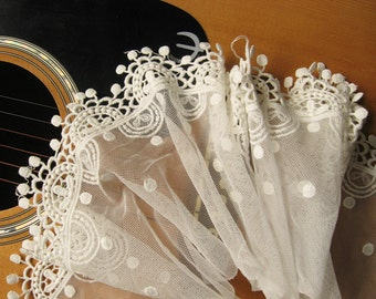 Off White Cotton Embroidered Lace Trim, scalloped trim lace with jewelry dots  WSSR001B