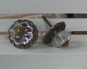 Decorative Victorian Glass Knob-Dresser Drawer Pull-Home Decor-1 Knob