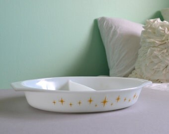Promotional Pyrex Constellations Divided Dish