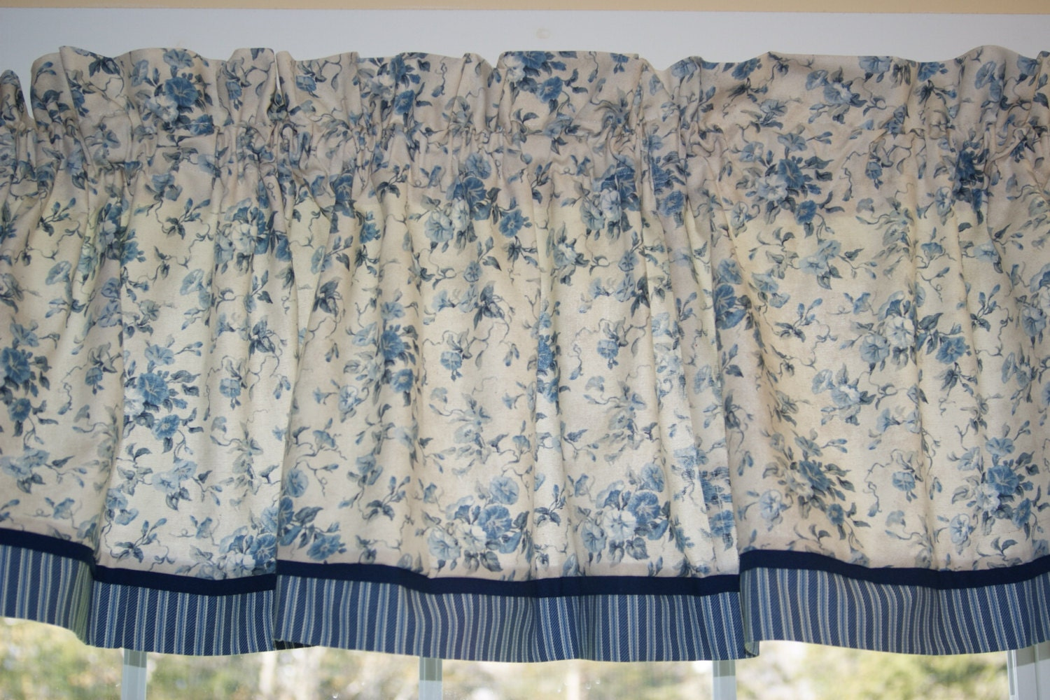 Waverly Fairhaven Blue Rose Toile Valance 17 X 81