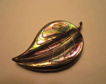 ICUALA Brooch : Deeply Carved Abalone Leaf.