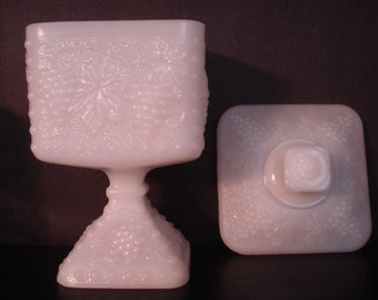 1950'/60s Milk Glass Grapevine Wedding Cake Box Covered Dish Anchor Hocking Bride