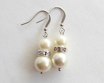 Pearl earrings, wedding earrings, bridesmaid earrings, bridesmaid jewelry, bridesmaid gift, wedding gift