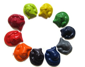 Knight Helmet Crayons set of 20 - party favors - recycled crayons