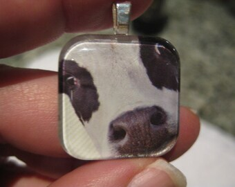 Moo - Help Me - glass pendant and chain