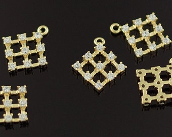 3160011 / Check Pattern / 16k Gold Plated Brass Pendant 12.6mm x 14.7mm / 0.6g / 2pcs