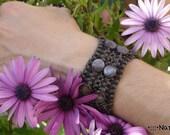 PURPLE & LAVANDER bracelet with crystal //// Natural, artwork, handmade, macramé, purple