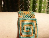 NATIVE MEXICAN ESPIRAL Green & Orange //// Tribal, ethnic, artwork, handmade, handcraft, gemstone, macramé