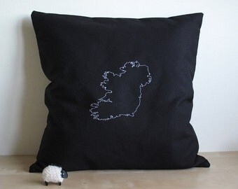 Ireland map - Personalised pillow cover - Map of Ireland - Custom map art - St Patrick's day - Ireland - Cotton throw pillow - Map gift