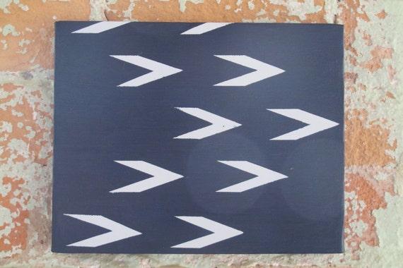 Oscura pintura abstracta azul y luz gris