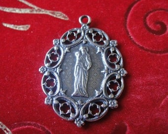 925 sterling silver oxidzed large Virgin Mary and Jesus pendant, large silver religious pendant, large silver virgin mary pendant