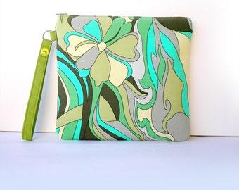 Exotic Rainforest Wristlet Purse, Summer Greenish Colorful Pocket Mini Bag