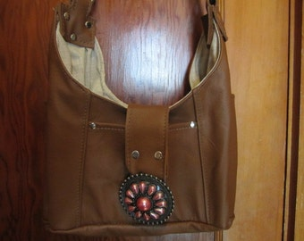 Leather Hobo purse in light brown genuine cowhide, shoulder strap, outside pockets (69)
