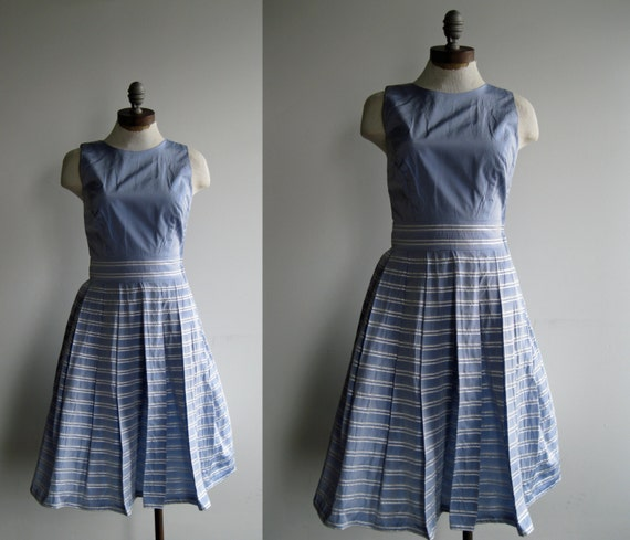 1950's Periwinkle Lilac Lavender Striped Cut Out Back Sleeveless Prom Dress XSmall