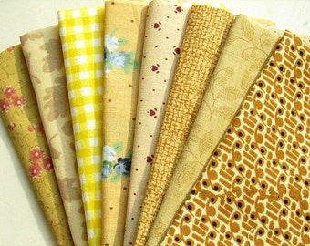 Yellow cotton fabrics / yellow floral fabrics - 8 piece bundle - 25 cm x 27 cm each