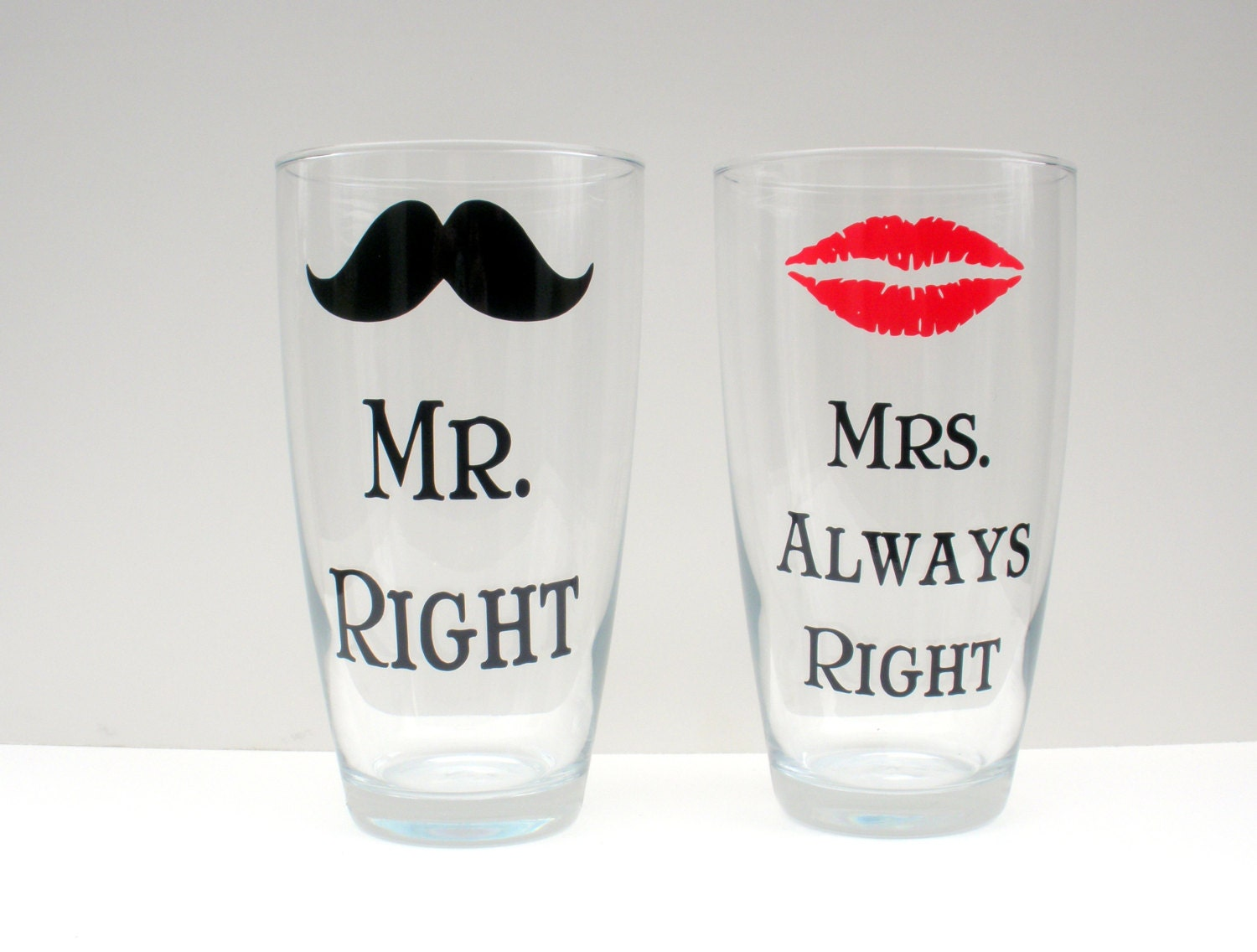 mr right and mrs always right glasses set of 2 by. Black Bedroom Furniture Sets. Home Design Ideas