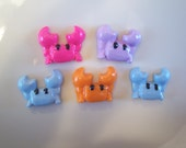 5 Pcs Kawaii Crab Cabochons for DIY Projects, Phone Deco, Decoden, Hairbow Centers, Scrapbooking, and More