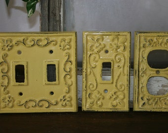 Fleur De Lis Light Switch Covers / light switchcovers / electrical covers  / outlet covers / shabby chic / distressed