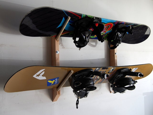 2 snowboard storage wall rack. Black Bedroom Furniture Sets. Home Design Ideas