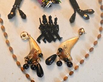 40s to 70s vintage costume jewellry 5 pc