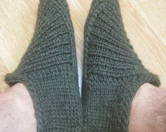 Knitted slippers for home and office - knitting pattern