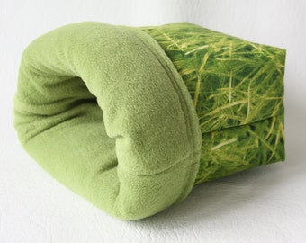 "cuddle bag / cosy sleeping bag / cuddle sack ""grass"" for guinea pigs"