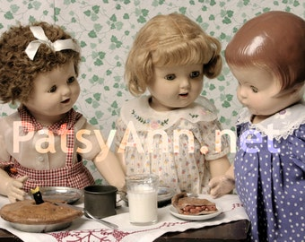 Patsy Ann Note Card - Tea Party with Friends