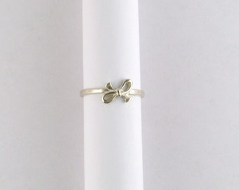 Bow Ring Sterling Silver