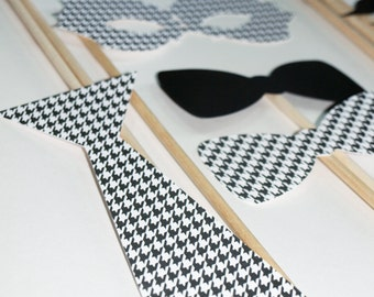 Houndstooth Pattern / Wedding Photo Booth Stick Props / 20 piece set