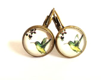 Hummingbird - green earrings with bird