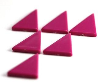 90s' Purple Triangles. Vintage Geometric Form. 6 Pieces.