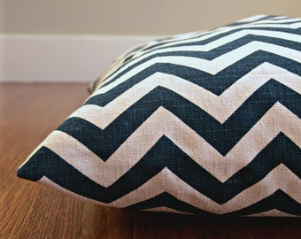 Chevron Dog Bed Cover, Marine and Natural Zig Zag Pet Bed, Personalizable Duvet Cover, Choose Your Size