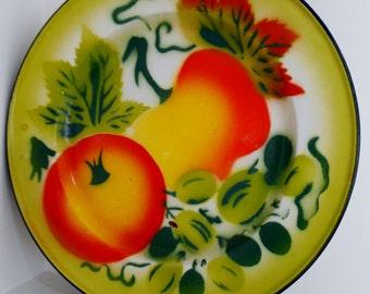 Enamelware Plates Fruit Motif