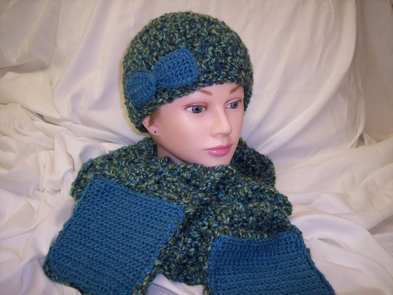 Crochet hat and scarf set in super soft Homespun yarn.