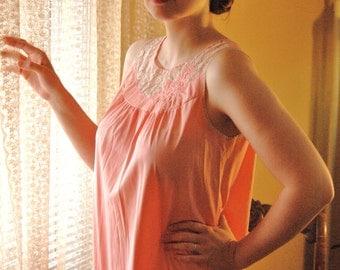 Vintage 1960s Gossard Artemis Pink Peach Nightgown