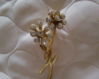 Vintage Gold Tone Brooch With Two Flower